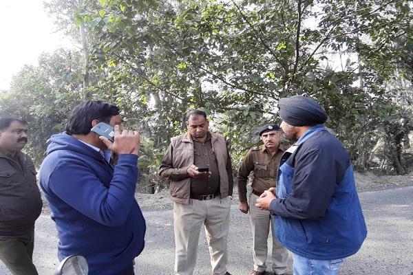 PunjabKesari, Jagadhri Road, People, Distressed, JCB