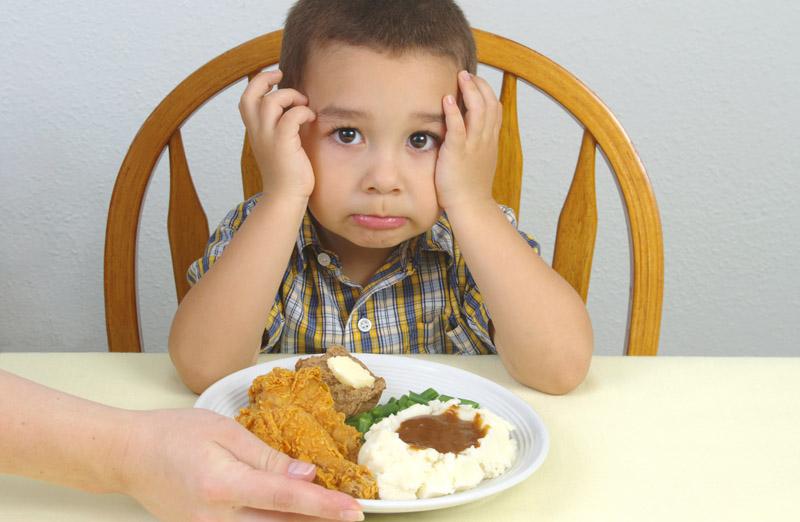 PunjabKesari, Child avoid food