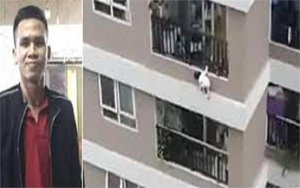 two year old girl falls from 12th floor balcony delivery boy catches