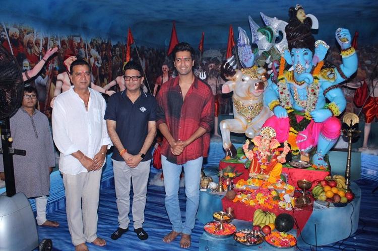 Bollywood Tadka, vicku kaushal at ganpati pandal