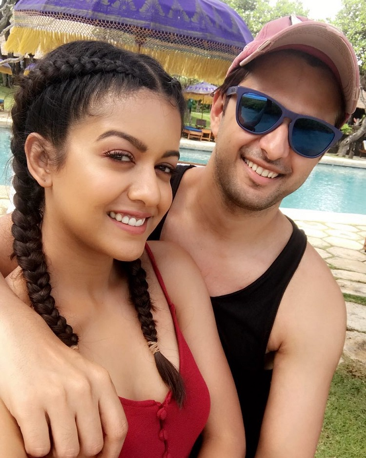 Bollywood Tadka,Vatsal Sheth image, Vatsal Sheth photo, Vatsal Sheth pictures,  Ishita Dutta image,  Ishita Dutta photo, Ishita Dutta pictures