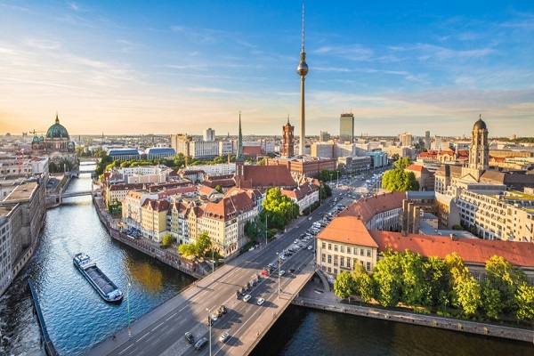 PunjabKesari, Berlin Image, Foreign Country Image