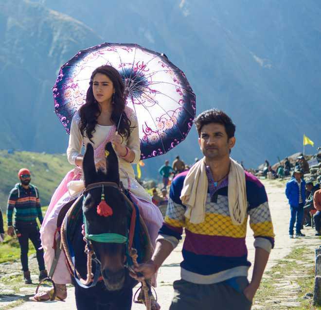 Bollywood Tadka, सारा अली खान इमेज, सुशांत सिंह राजपूत इमेज, केदारनाथ इमेज,