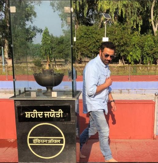 Bollywood Tadka, Sunny Deol Images