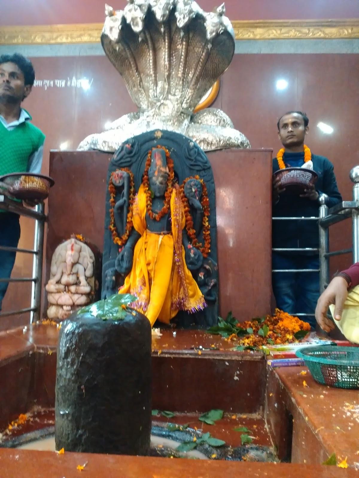 PunjabKesari, Dharam, harihar nath temple, Lord Shiva, Lord Vishnu, sonepur bihar, Sonepur Fair, sonepur fair bihar, कार्तिक मास, भगवान विष्णु, भगवान शंकर, भगवान शिव विष्णु, शिव पूजा, सोनपुर