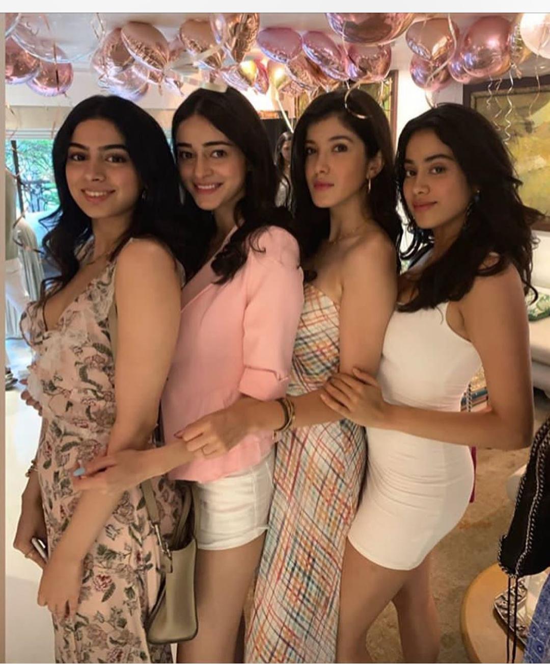 Bollywood Tadka, जाह्नवी कपूर इमेज, जाह्नवी कपूर फोटो,जाह्नवी कपूर  पिक्चर,