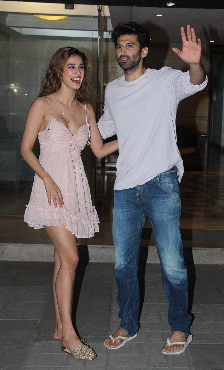 Bollywood Tadka,disha patani image, disha patani photo, disha patani pictures, Aditya Roy Kapur image, Aditya Roy Kapurphoto, Aditya Roy Kapur pictures