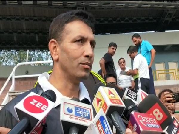 PunjabKesari, Rameshwar Gurjar, runner, Bhopal, TT Nagar Stadium, race, last rank, Sports Minister Jeetu Patwari, Madhya Pradesh, Punjab Kesari