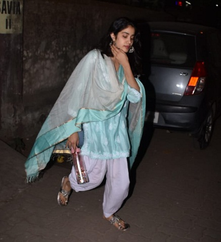 PunjabKesari, जाह्नवी कपूर इमेज, जाह्नवी कपूर फोटो, जाह्नवी कपूर पिक्चर