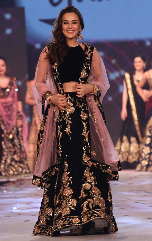 Bollywood Tadka, प्रीति जिंटा इमेज, प्रीति जिंटा फोटो, प्रीति जिंटा पिक्चर