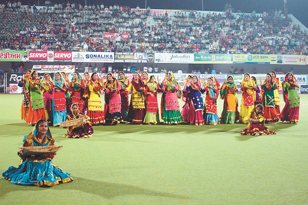 PunjabKesari, Punjab and Sind Bank became the champion