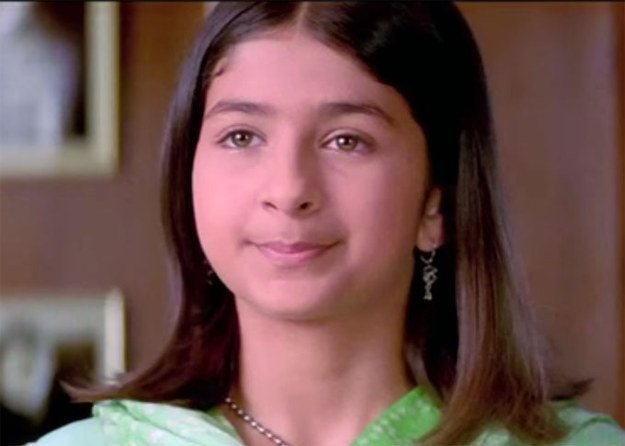 Bollywood Tadka, मालविका राज इमेज, कभी खुशी कभी गम इमेज, करीना कपूर खान इमेज,  ग्लैमरस इमेज, स्पॉट इमेज, जिम इमेज, ग्लैमरस लुक इमेज,