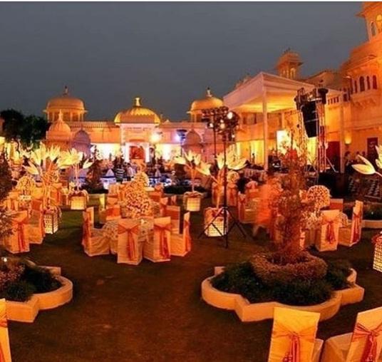 Bollywood Tadka,ईशा अंबानी इमेज,आनंद पीरामल, रोमांडिक डांस इमेज, संगीत सेरेमनी इमेज, उदयपुर इमेज
