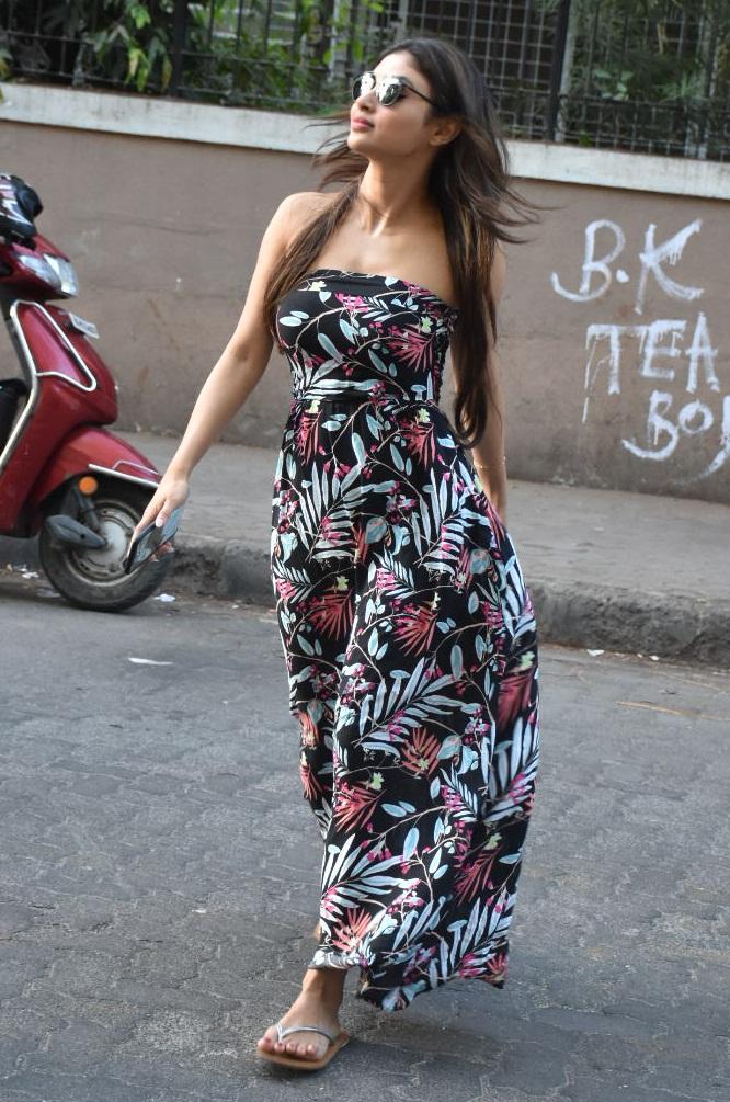 Bollywood Tadka,मौनी रॉय इमेज, मौनी रॉय फोटो, मौनी रॉय पिक्चर