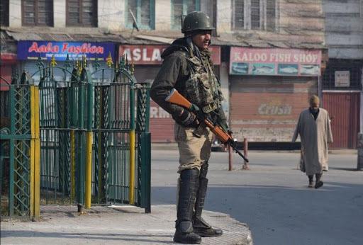 PunjabKesari, Jammu Kashmir, जम्मू कश्मीर, जम्मू कश्मीर में हड़ताल, Amarnath Yatra suspended due to separatists