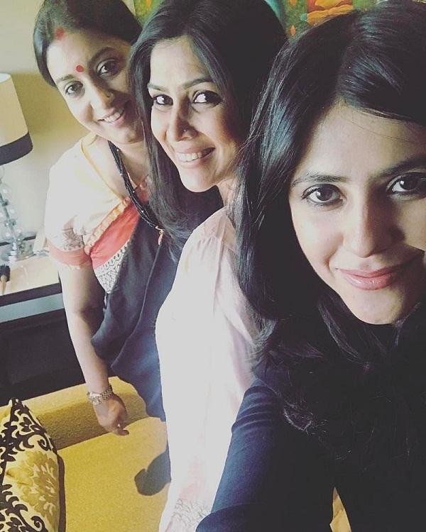 Bollywood Tadka,Sakshi Tanwar Images