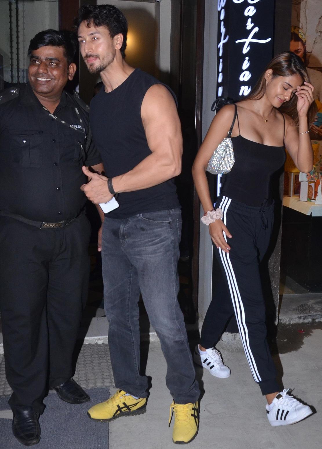 Bollywood Tadka, दिशा पाटनी इमेज, दिशा पाटनी फोटो, दिशा पाटनी पिक्चर, टाइगर श्रॉफ इमेज, टाइगर श्रॉफ फोटो, टाइगर श्रॉफ पिक्चर
