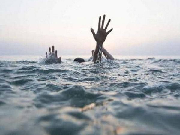 PunjabKesari, Death in Dabra, death of two children, death due to drowning in river, Gwalior News, Dabra News, Punjab Kesari, Madhya Pradesh