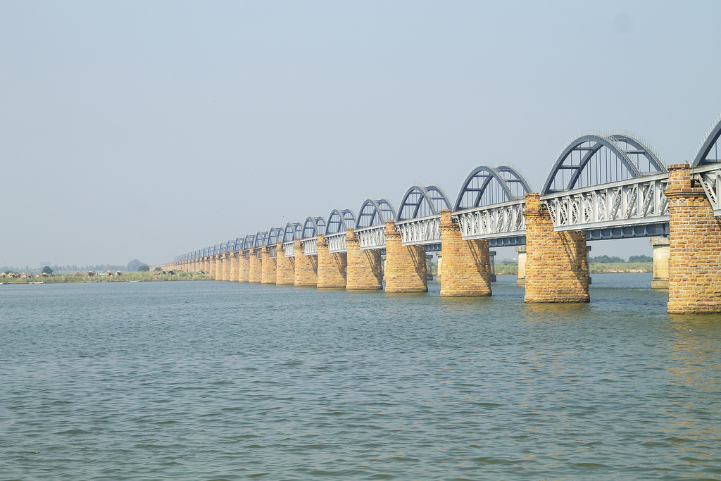 PunjabKesari, Nari, Godavari Bridge, Travel Place Image