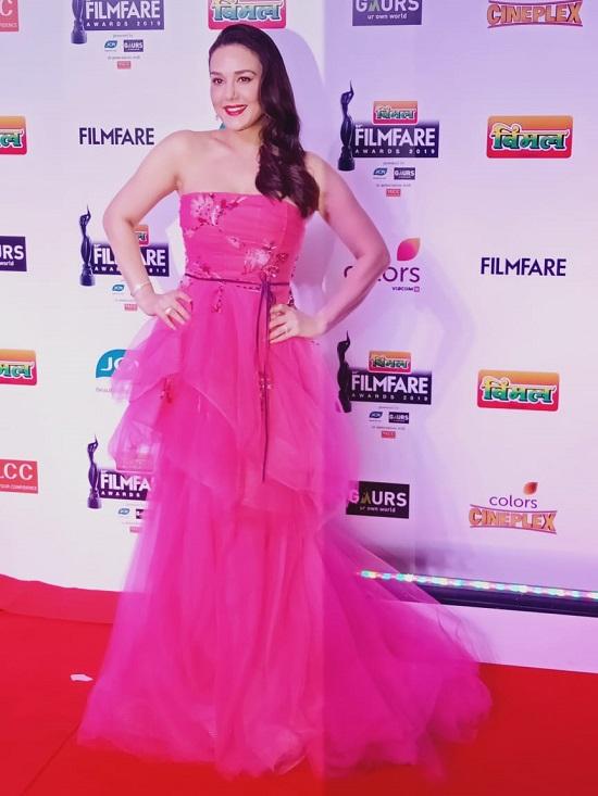 Bollywood Tadka,प्रीति जिंटा इमेज, प्रीति जिंटा फोटो, प्रीति जिंटा पिक्चर