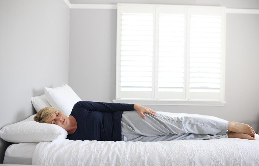 PunjabKesari, Log Position Image, Sleeping Position Image