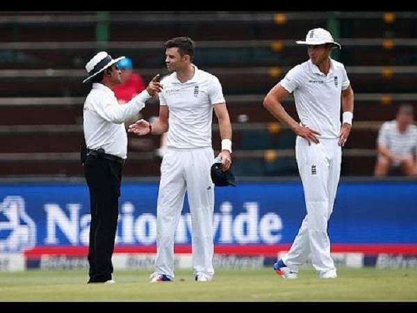 PunjabKesari, sports news, cricket news hindi, gale test, james anderson, angry, umpire decision, icc