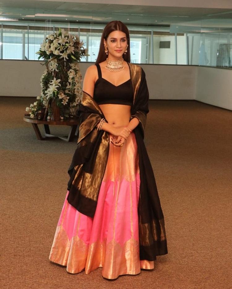 Bollywood Tadka,kriti sanon image, kriti sanon photo, kriti sanon pictures,