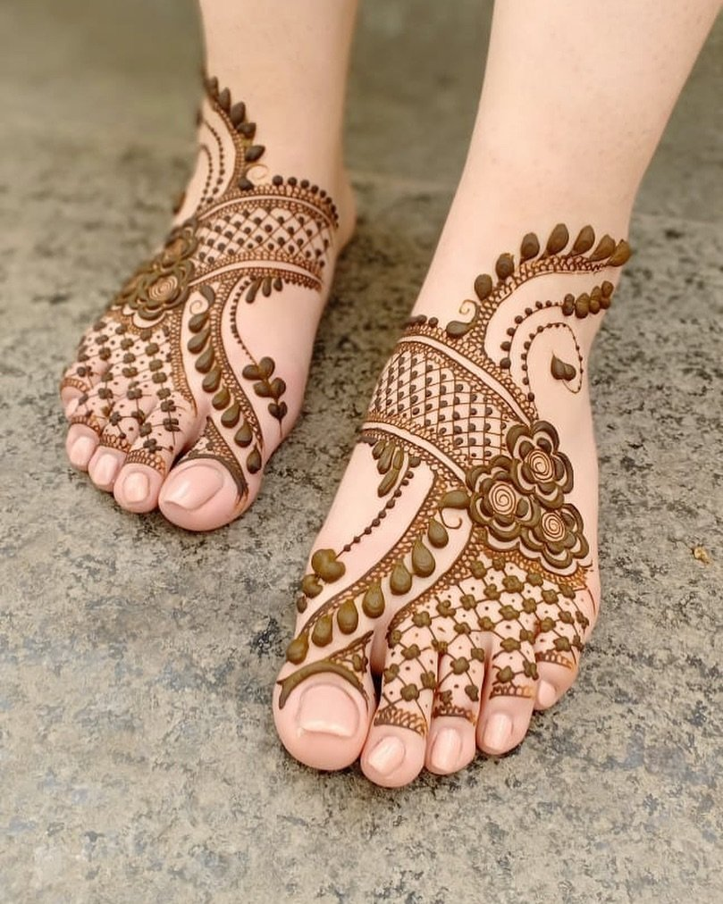 PunjabKesari, Foot Mehndi Design Arabic, पैरों की अरेबिक मेहंदीडिजाइन
