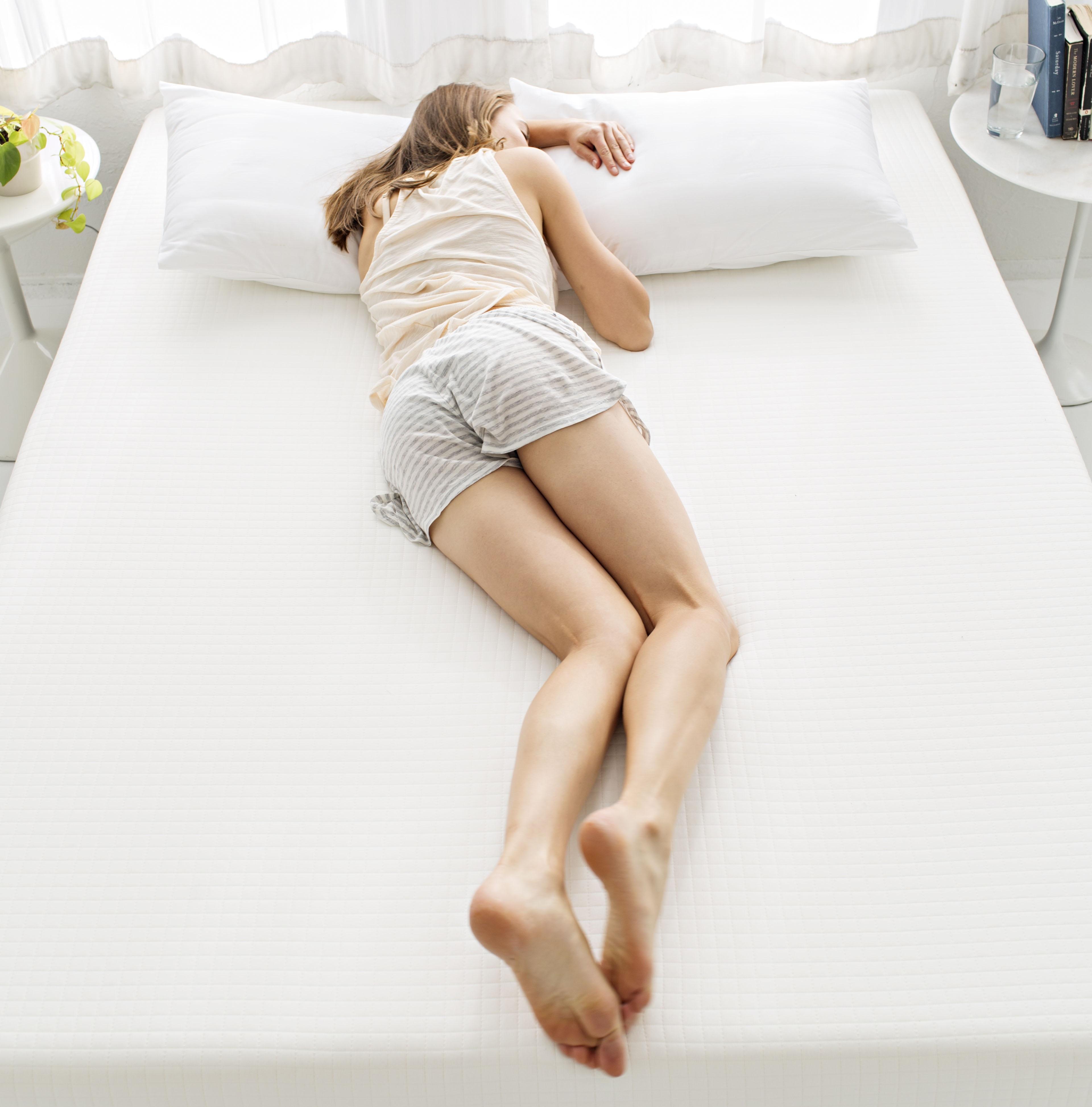 PunjabKesari, Freefall Position Image, Sleeping Position Image