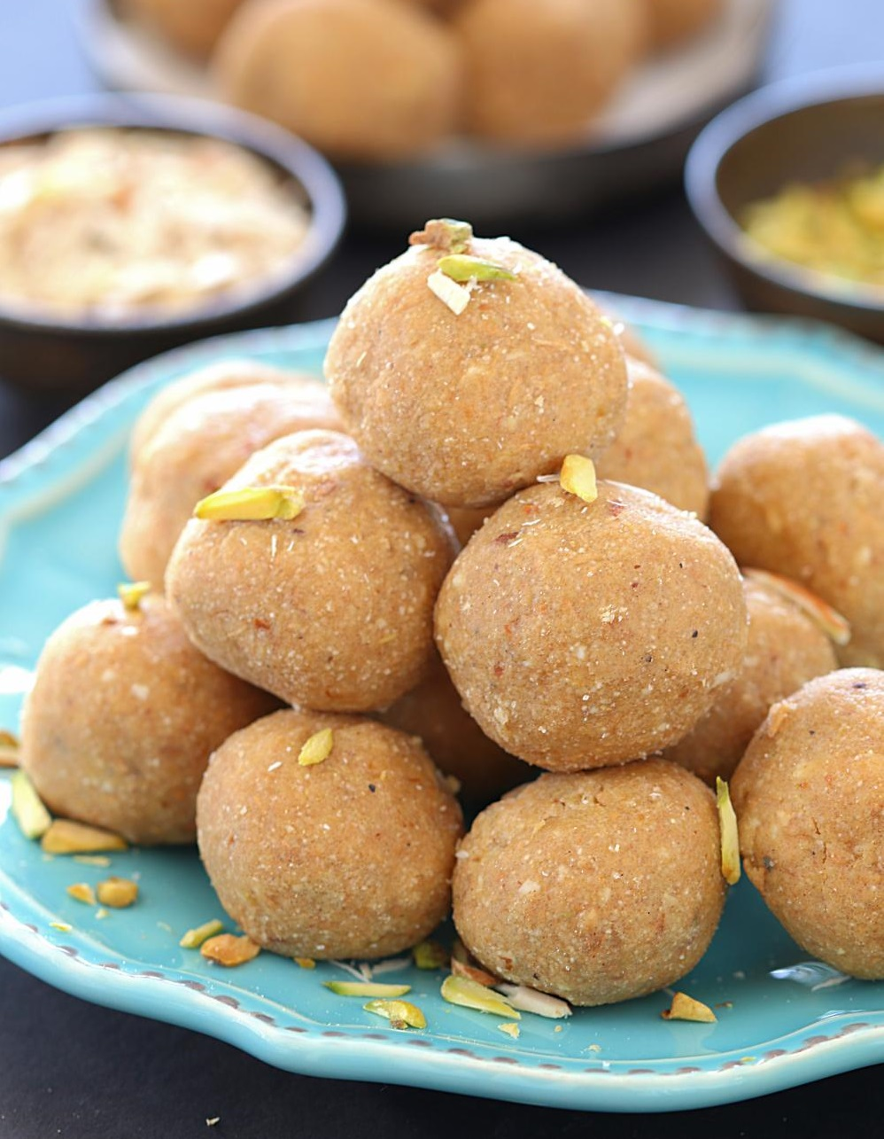 PunjabKesari, Aate Ki Pinni Image, Lohri Recipe Image