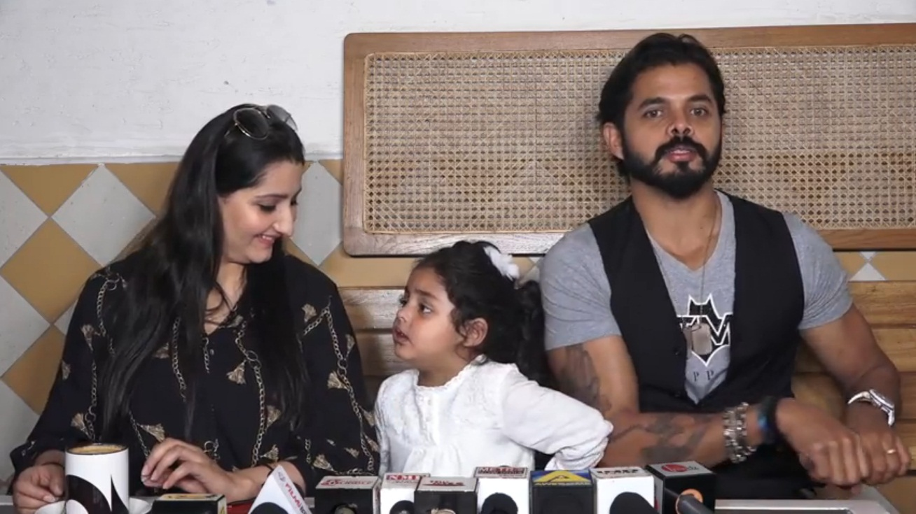 Bollywood Tadka, श्रीसंत इमेज, रोमिल चौधरी इमेज, पत्नी भुवनेश्वरी इमेज, सानविका इमेज, प्रेस कॉन्फ्रेंस इमेज