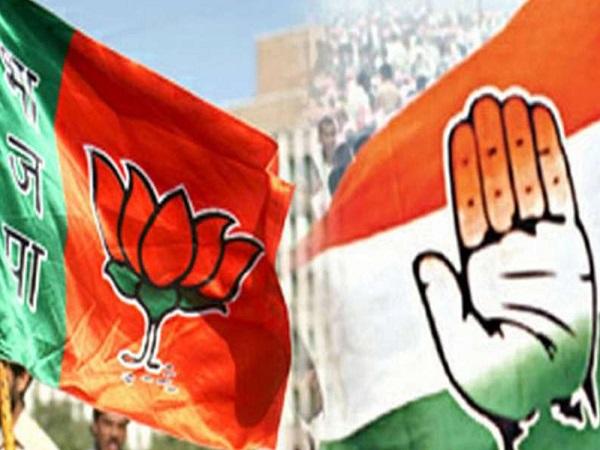 PunjabKesari, Madhya Pradesh News, Bhoap news, Sadhvi Pragya, Congress, BJP, Poster War, Jyotiraditya Scindia, Corona, Lockdown