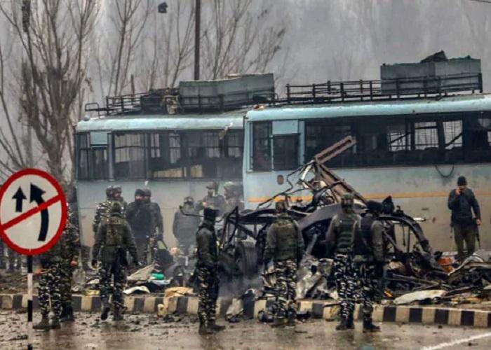 PunjabKesari, pulwama terror attack Image