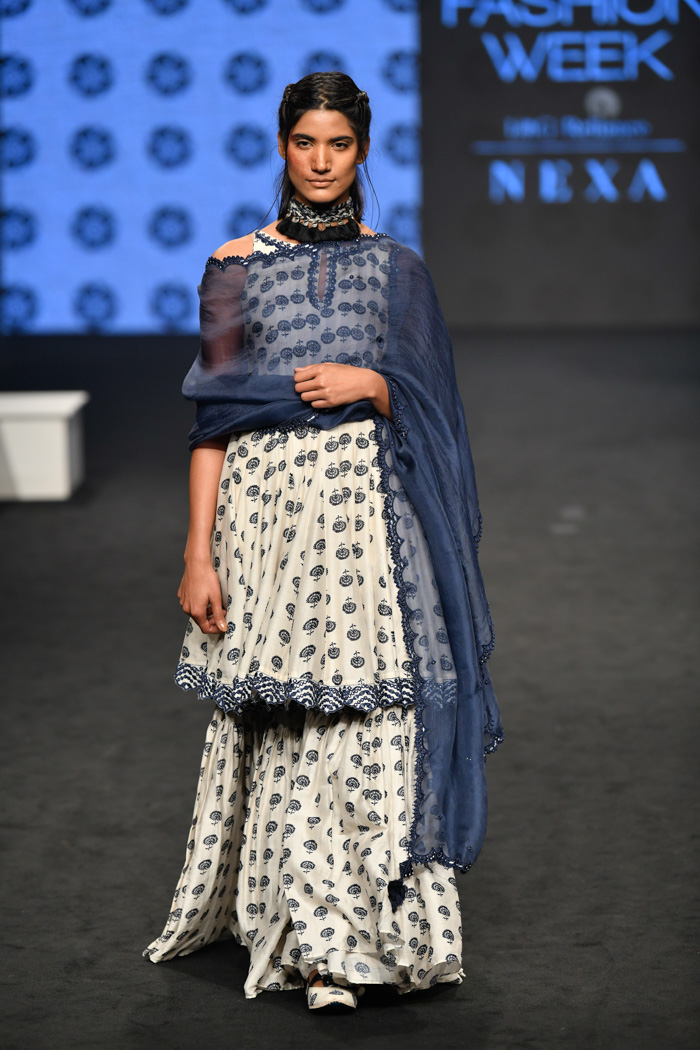 PunjabKesari, Nari , Scalloped Dupatta Image, Bridal Fashion