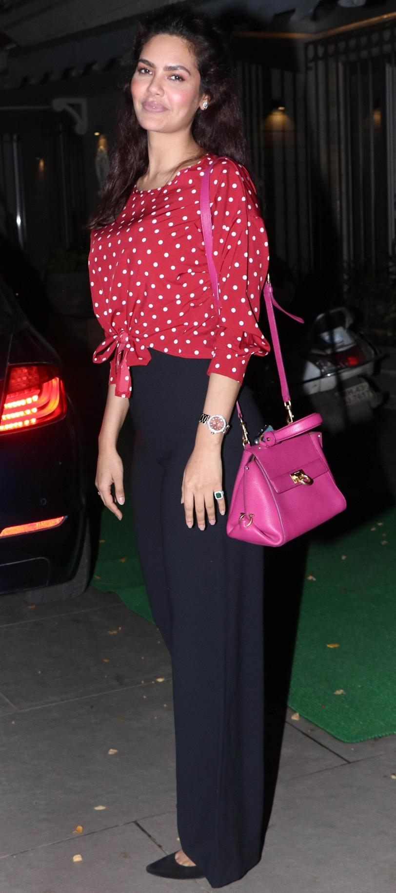 Bollywood Tadka, ईशा गुप्ता फोटो गैलरी, Esha Gupta Photo Gallery