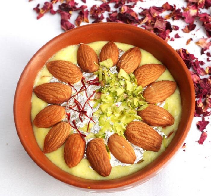 PunjabKesari, बादाम की फिरनी, Badam Phirni Recipe, Badam Phirni, Indian Food Recipes