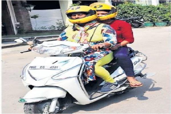 PunjabKesari, kanta becomes jalandhar first female taxi driver