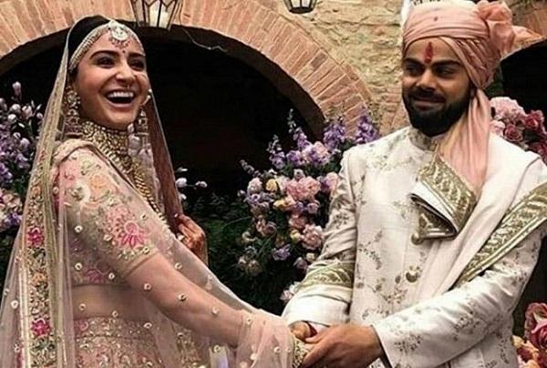 PunjabKesarisports Virat Kohli romantic image