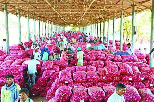PunjabKesari, Madhya Pardesh ,Bhopal News ,Nimach ,Agricultural produce market ,onion ,garlic ,off price ,cost price ,Farmer ,भोपाल समाचार,किसान,प्याज,लहसुन,लागत मूल्य,कृषि उपज मंडी,नीमच
