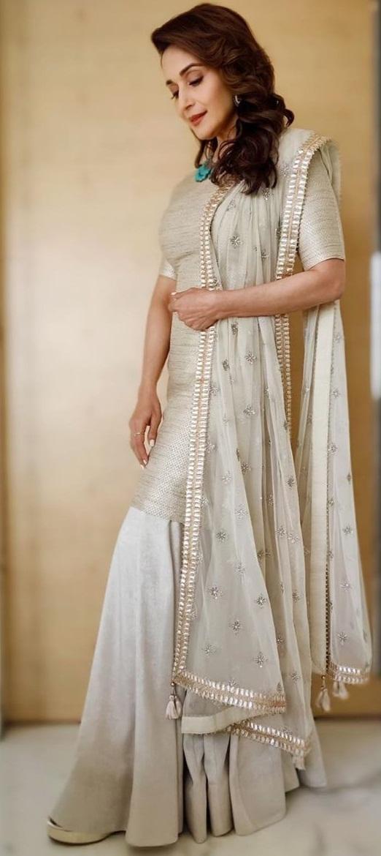 Bollywood Tadka,madhuri dixit hd wallpaper,madhuri dixit hd photo,madhuri dixit ki, माधुरी दीक्षित इमेज, माधुरी दीक्षित फोटो, माधुरी दीक्षित पिक्चर