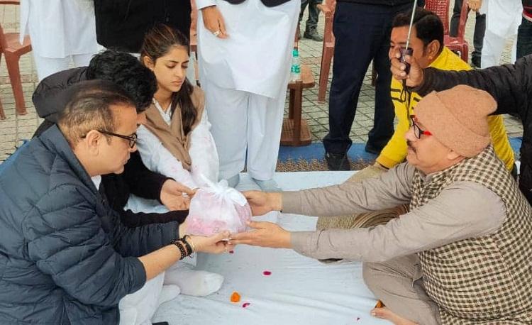 Bollywood Tadka, Ritu Nanda Funeral Images, Ritu Nanda Funeral Photos, Ritu Nanda Funeral Pictures
