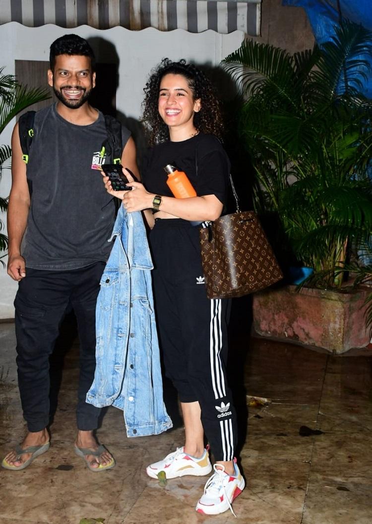 Bollywood Tadka,sanya malhotra image,sanya malhotra photo, sanya malhotra picture,