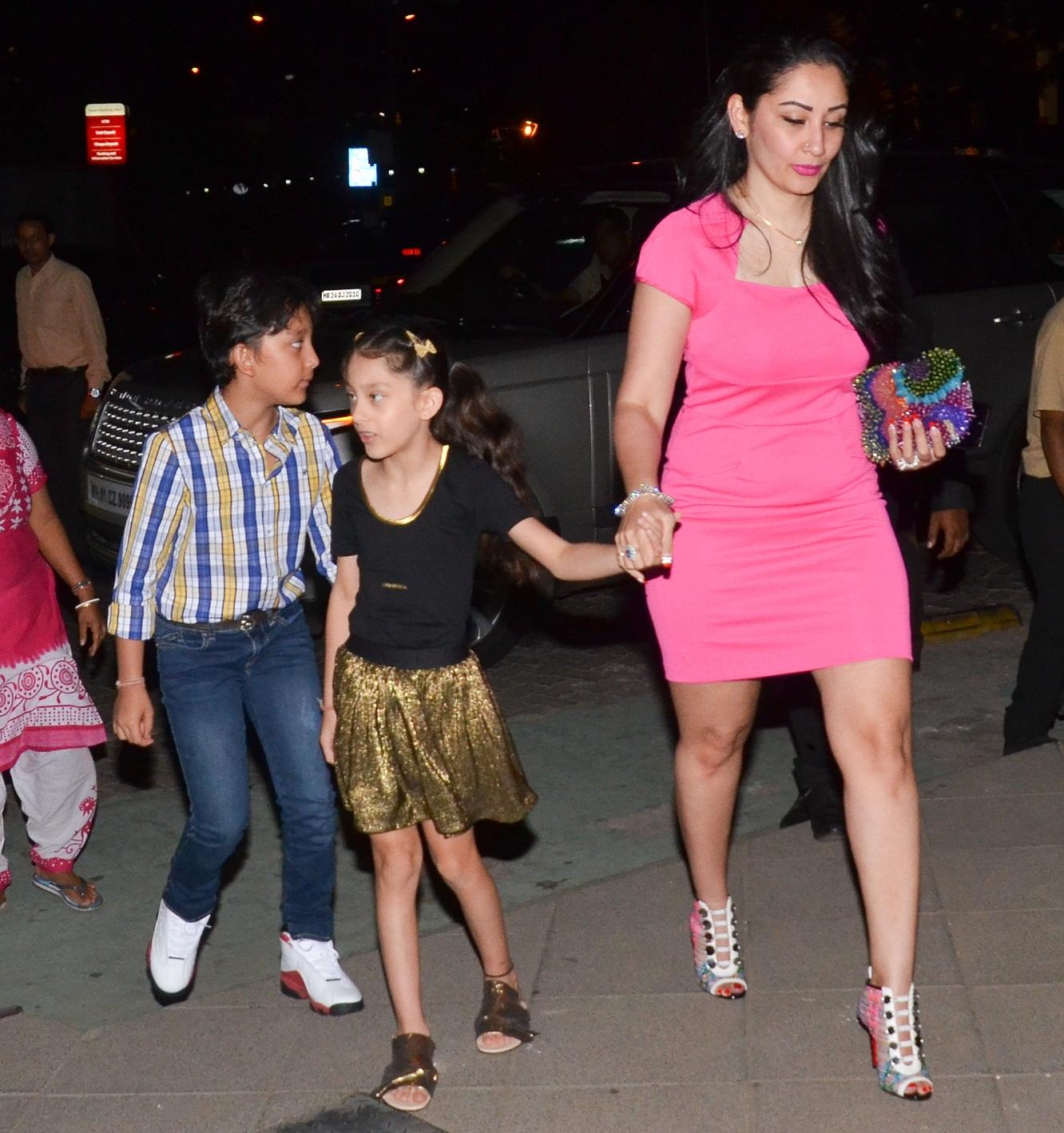 Bollywood Tadka, मान्यता दत्त इमेज, मान्यता दत्त फोटो, मान्यता दत्त पिक्चर, संजय दत्त इमेज, संजय दत्त फोटो, संजय दत्त पिक्चर,
