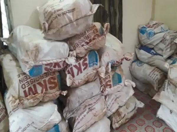 PunjabKesari, Kief recovered, Huge quantity drugs, One crore worth, Truch seized, Five accused arrested, Budhini, Sehore, Madhya Pradesh, Punjab Kesari