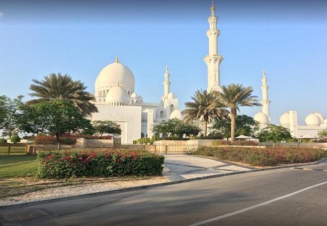 PunjabKesari, Ramzan, Ramadan, Ramadan 2019, Ramzan 2019, Worlds third largest mosque, Sheikh zayed grand in abu dhabi