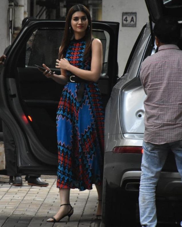 Bollywood Tadka,कृति सेनन इमेज, कृति सेनन फोटो, कृति सेनन पिक्चर