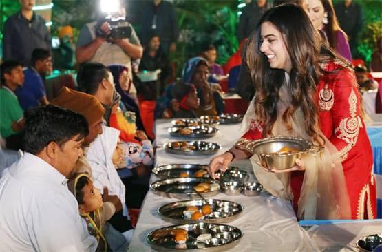 Bollywood Tadka,मुकेश अंबानी इमेज, नीजा अंबानी इमेज,उदयपुर इमेज, ईशा अंबानी इमेज, अन्न सेवा इमेज