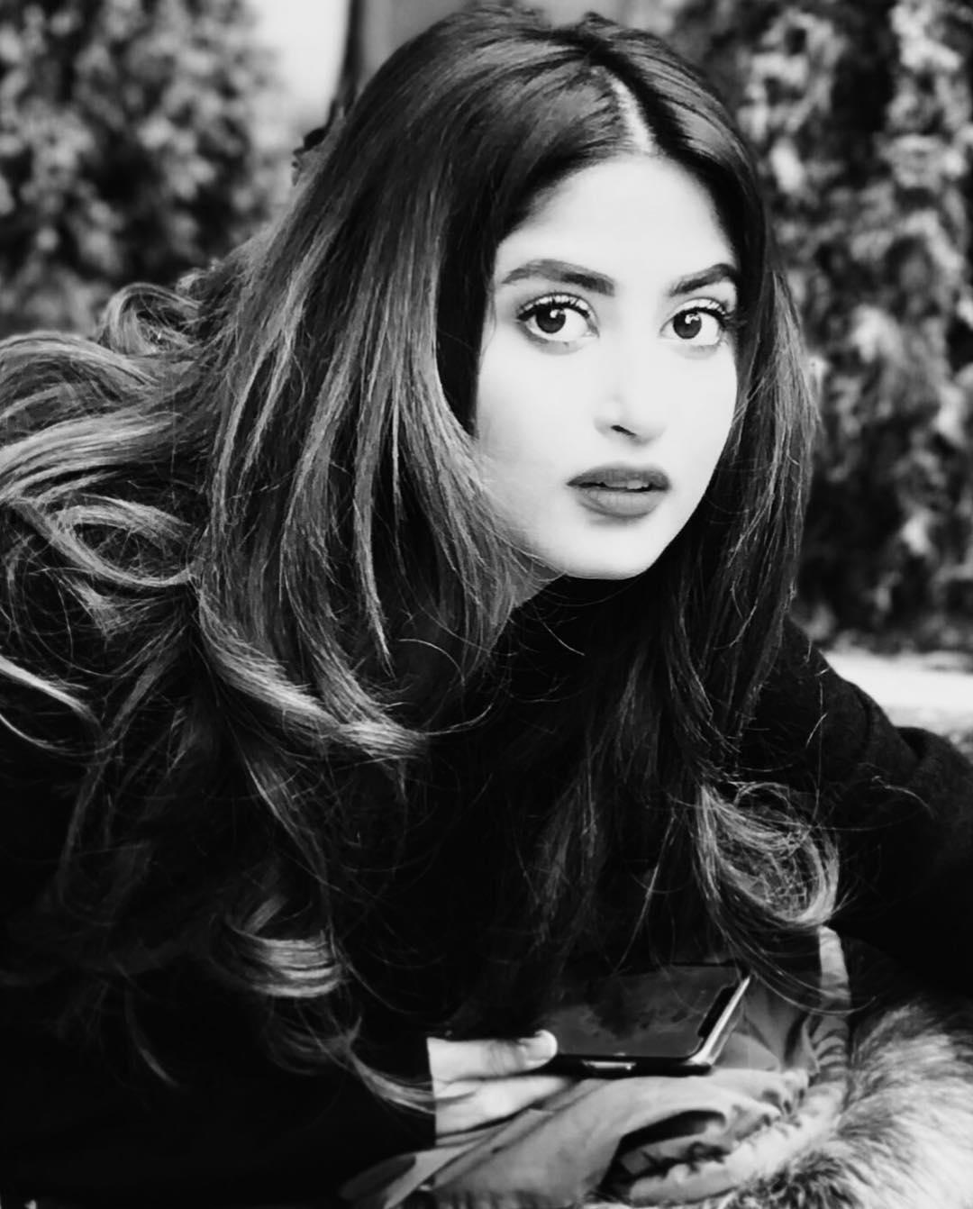 Bollywood Tadka,सजल अली इमेज,सजल अली फोटो,सजल अली पिक्चर,