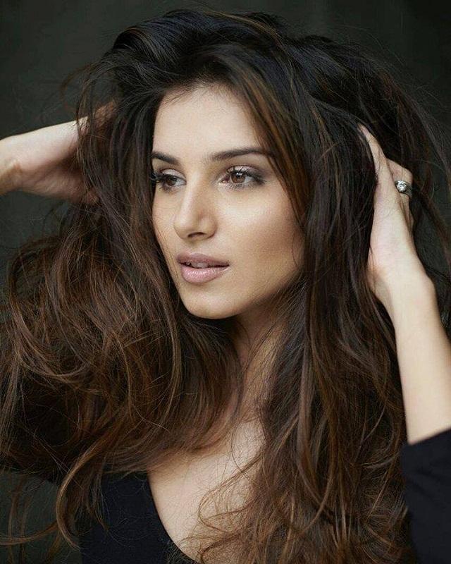 Bollywood Tadka,  Tara Sutaria Images