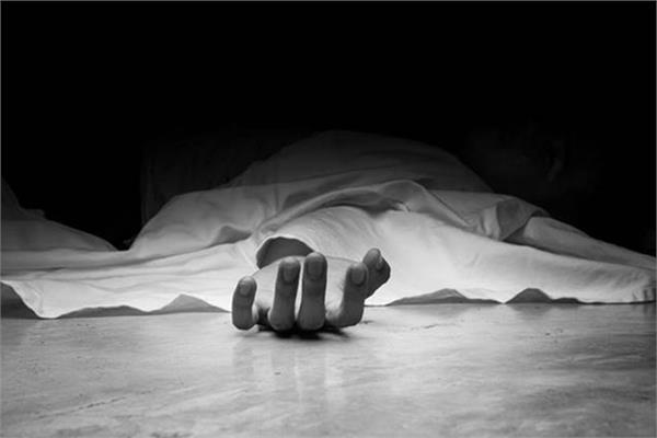 ist year student dead body found in south kashmir encounter site